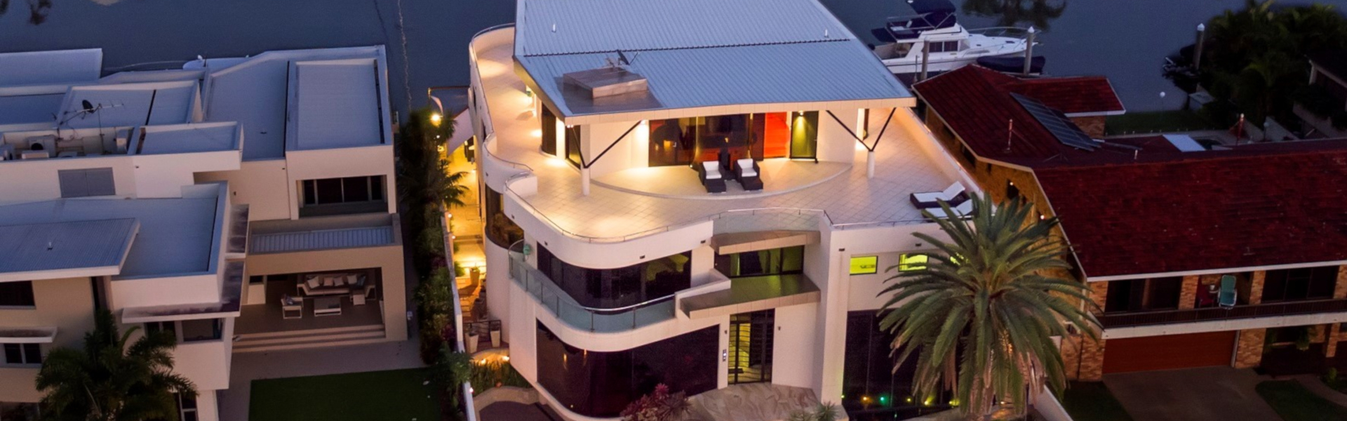 A Twilight Front of House LR1